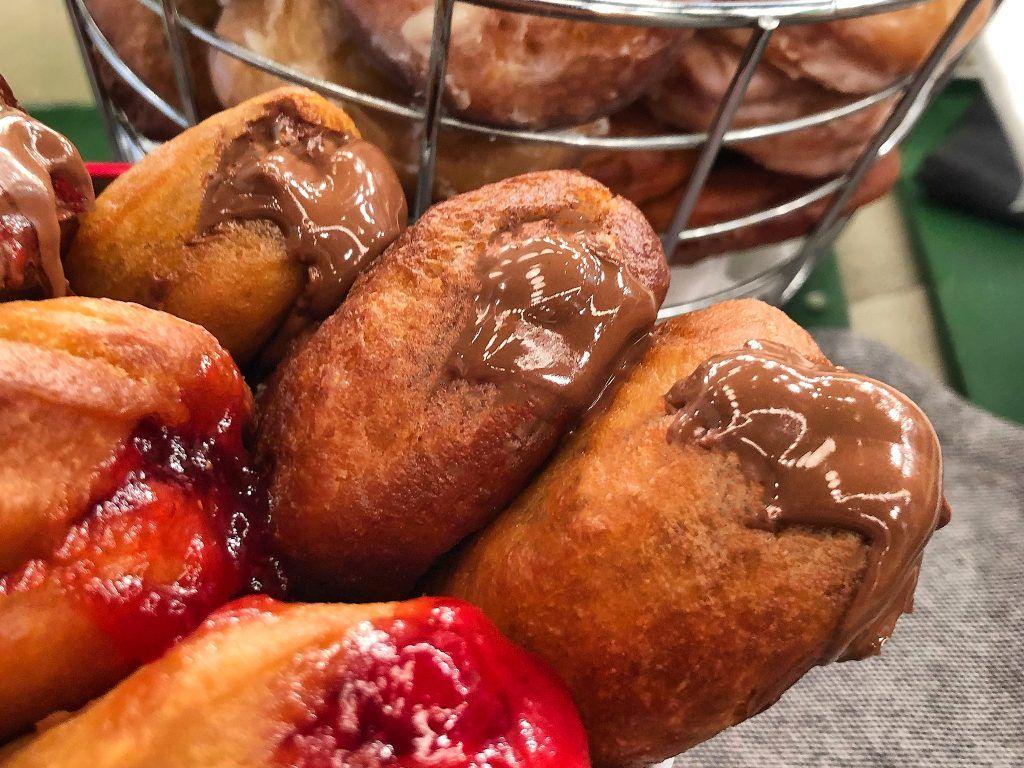 Donut Γεμιστά μια Πραλίνα, Μαρμελάδα | Λάμπρος Βακιάρος