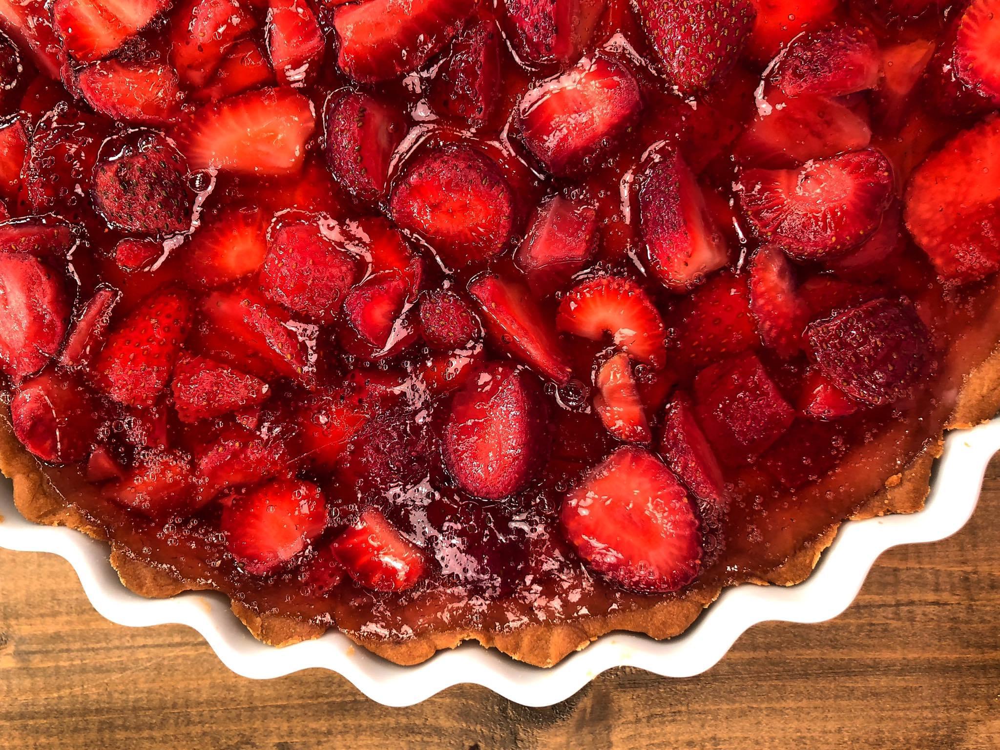 Δροσερή Τάρτα με Φράουλες και Κρέμα   Λάμπρος Βακιάρος Lambros Vakiaros