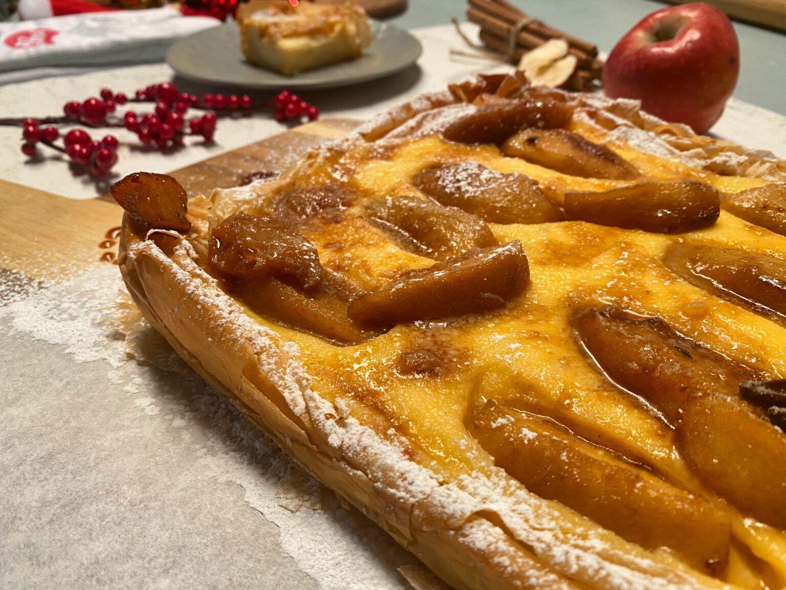 Τραγανή Πίτα με Κρέμα & Καραμελωμένα Μήλα