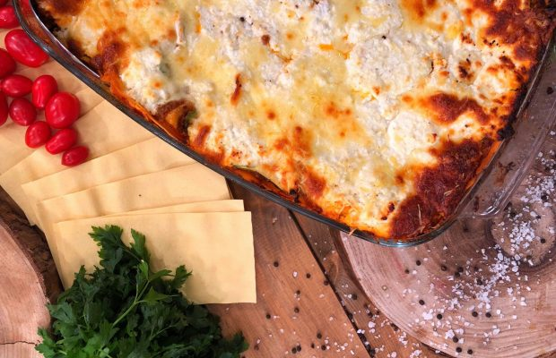 Λαζάνια με κιμά και λιωμένο τυρί