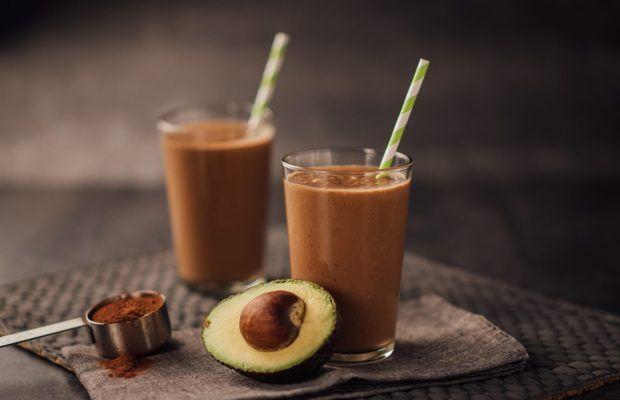 Σοκολατένιο Smoothie με Αβοκάντο και Σπόρους Chia | Λάμπρος Βακιάρος