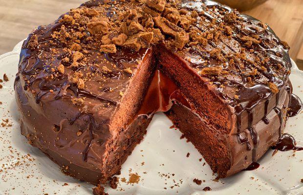 Σοκολατένιο κέικ με επικάλυψη σοκολάτας